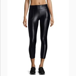 Koral Magnify Legging NWT Size Small